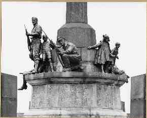 4. Port Sunlight 1914-18 War Memorial by William Goscombe John, 1919-21